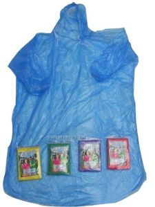A cheap, disposable (mine can last up to 5 use), pocket-sized poncho raincoat costs P40
