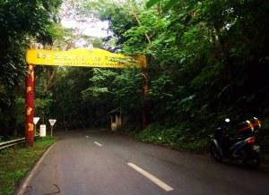 entering Jamboree Road