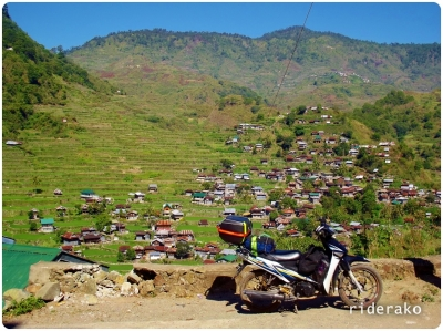 Notice the group of houses at the top right corner, that's Brgy Belwang. Oh what a treat it would be to hike up there!