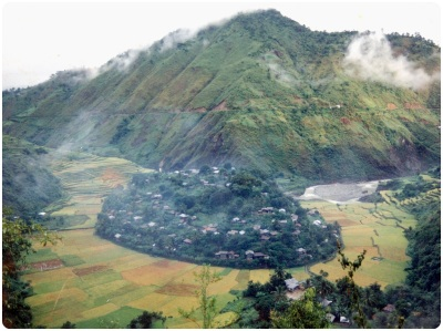 A view from the other side of the hill. The main road is visible in the background. Photo courtesy of bugbugan.wordpress.com